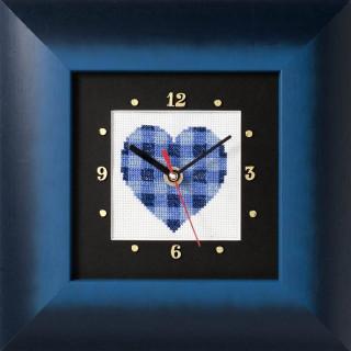 Kreuzstich-Uhr Blaues Herz